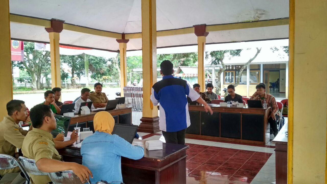 Ismail Dede Ketua Karangtaruna Desa